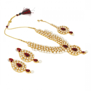 Designer Elegant Gold Plated Traditional Kundan Necklace Set with Earrings
