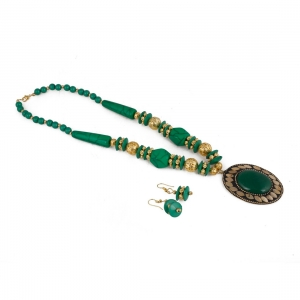 Fashion Handmade Green Beads Necklace with Earrings Set