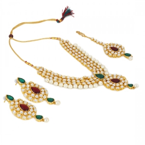 Gold Plated Kundan Pearl Party Wear Traditional Necklace Jewellery Set with Maang Tikka and Earring