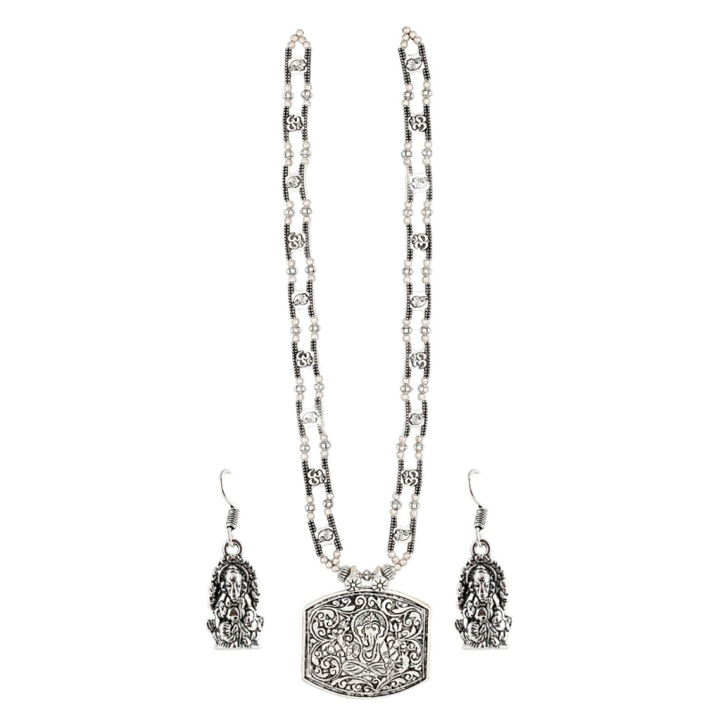 Designer Russain Silver Necklace with Earrings