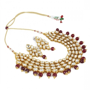 Maroon Gold-Plated Onyx Stone Kundan Necklace Set with Earrings