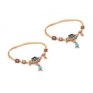 Generic Stylish Gold Plated Anklets Color: Gold)